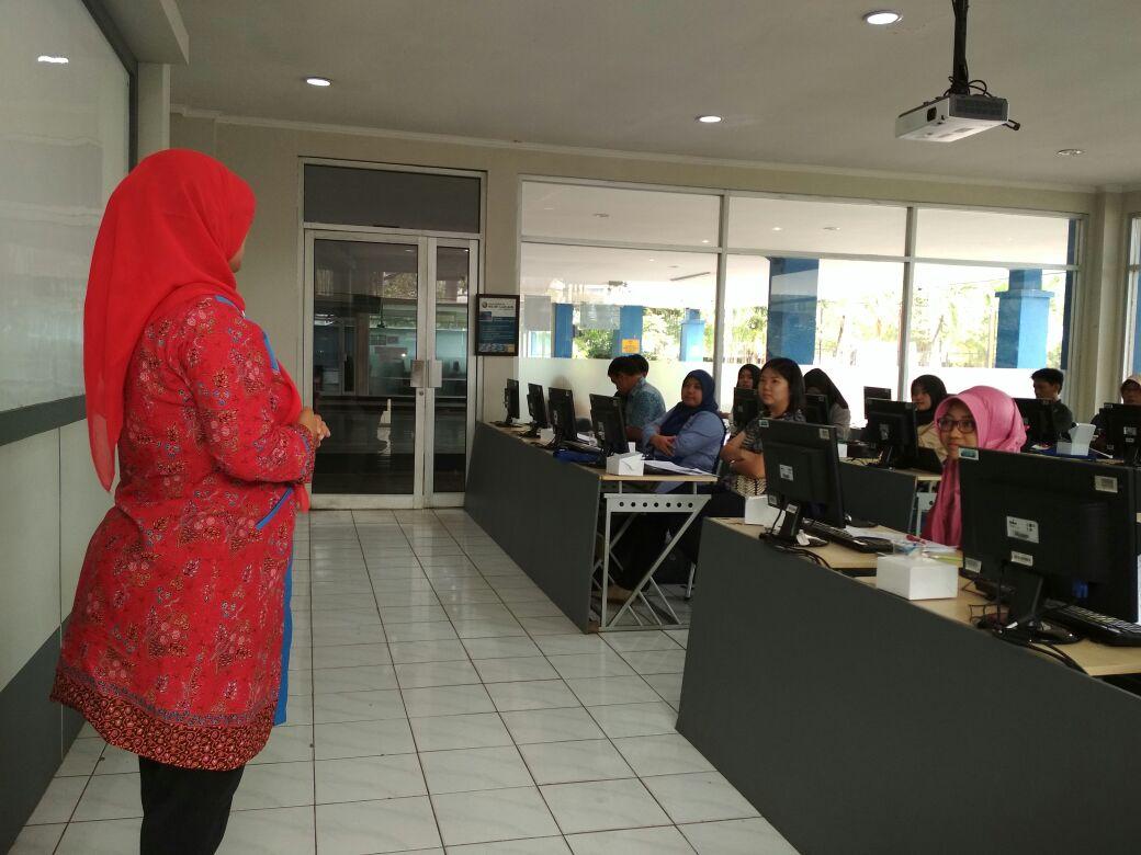 """PKM Dosen Fakultas Ekonomi dan Bisnis """"Pelatihan ..."""